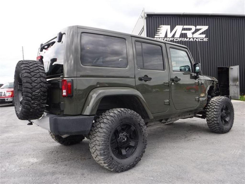 jeep wrangler unlimited 2015 sahara cuir gps lift kit fox mags xd pneus 33 39 automobiles mrz. Black Bedroom Furniture Sets. Home Design Ideas